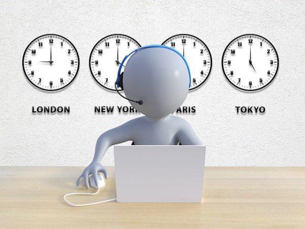 LINEや平日24時間電話サポートで初心者も安心